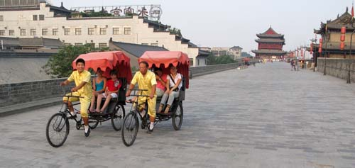 chi xian wall bikes